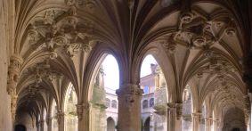 Carrion de los Condes: Kreuzgang Kloster San Zoilo