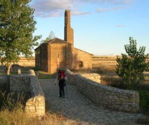 San Nicolas del Real Camino: Ermita de la Virgen del Puente